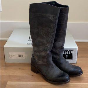 Frye Elena Pull On Boot • 9.5